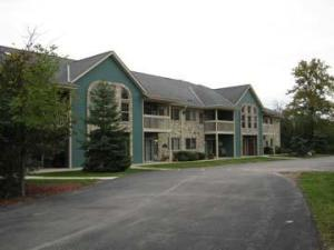Oak Creek Condominium